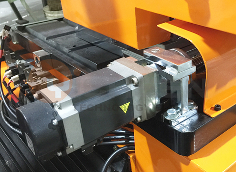 Cutter angle rotation equipment